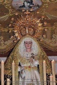 Procesión Virgen de los Dolores 2012 24 201x300 - Imágenes de la procesión de la Virgen de los Dolores
