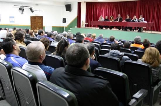 asamblea informativa despidos y reducciones ayuntamiento de herencia - El Ayuntamiento informa de los avisos de los despidos y reducciones de jornada