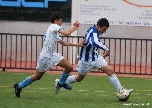 INFANTILES 2011 12 semifinal 040 300x214 - El fútbol en Herencia