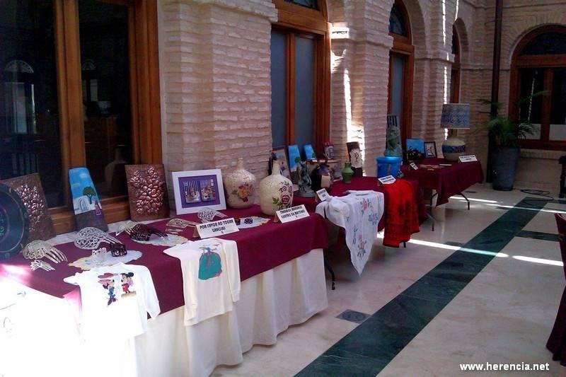Trabajos de manualidades del Centro de Mayores de Herencia1 - Exposición del Taller de Manualidades del Área de Mayores