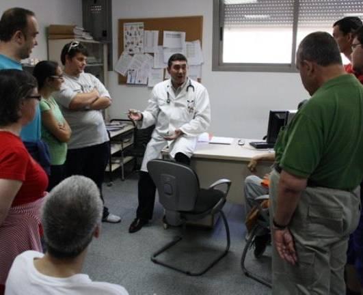 Visita al Centro de Salud de los usuarios del Centro Ocupacional de Herencia