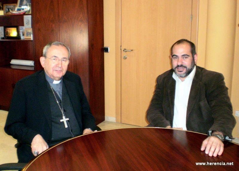 El obispo de Ciudad Real, Antonio Algora, junto al alcalde de Herencia, Jesús Fernández