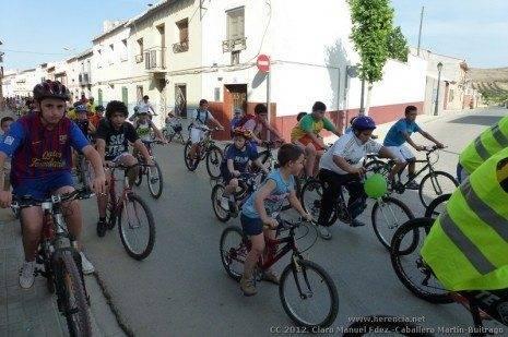 P1050782 465x309 - Multitudinaria marcha en bicicleta contra el cáncer