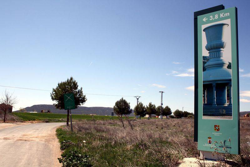 herencia camino a La Pedriza - Acondicionados más de 10 km de caminos en Herencia