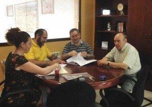 herencia firma caritas b 300x212 - Renovado el convenio con Cáritas para la atención al transeunte y el temporero