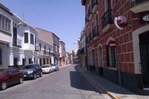 Calle Col%C3%B3n de Herencia 300x199 - Reordenación del tráfico en las calles Mesones y Colón