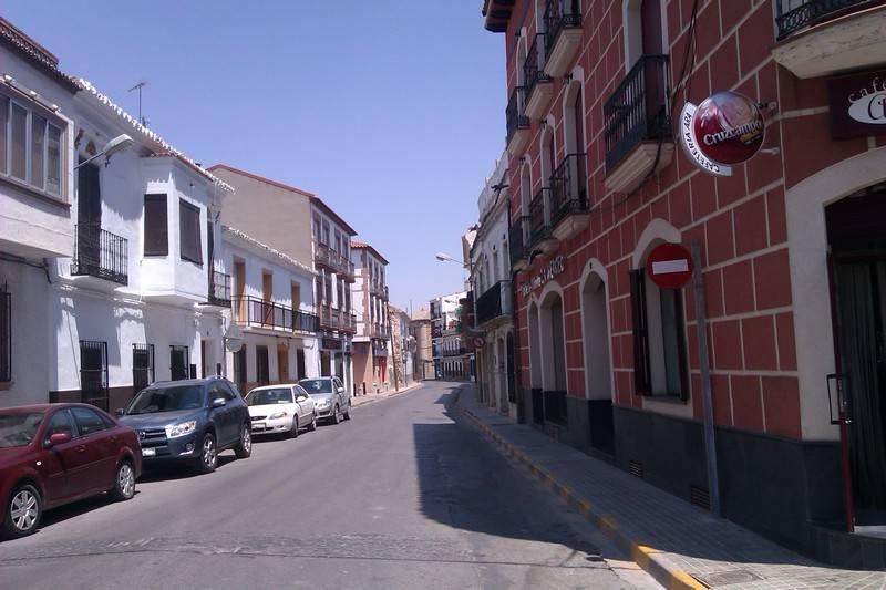 Calle Colón de Herencia - Reordenación del tráfico en las calles Mesones y Colón