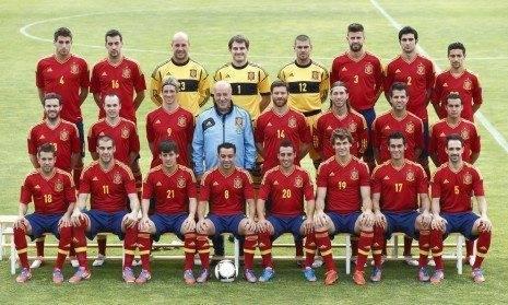 foto oficial espana eurocopa 2012 465x279 - Fotogalería de la celebración de la proclamación de España como Campeona de Europa de fútbol