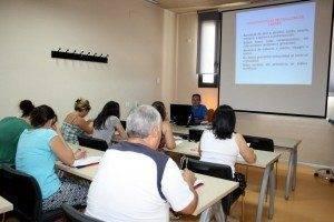 Centro Formacion Curso MAnipulador alimentos a 300x200 - Cerca de 50 cursos son ofertados desde el Centro de Formación y Empleo de Herencia