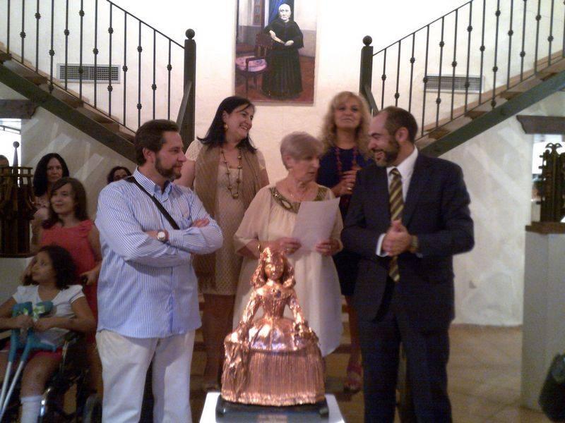Herencia exposicion Jesus Madero alcalde y familia - Inaugurada la restrospectiva en honor al artista Jesús Madero
