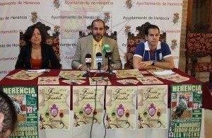 herencia lola fernandez con jesus fernandez y sergio garcia a 300x195 - El doctor José María Moraleda será el pregonero de las Fiestas de la Merced