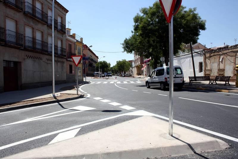 Nuevo aspecto del inicio de la avenida de San Antón