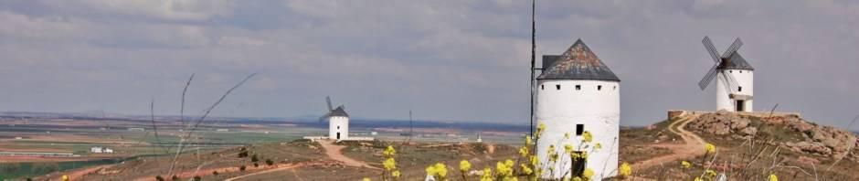 molinos herencia - El gobierno regional quiere impulsar la iluminación de los molinos de Herencia