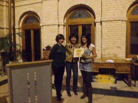 Mª ÁNGELES GARCÍA NAVAS RODRÍGUEZ DE TEMBLEQUE premio local de poesia 2012 465x348 - Celebrada la entrega de premios del IX Certamen de Poesía de Herencia