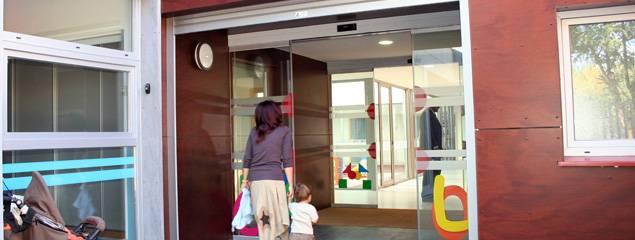 Escuela Infnatil de Herencia CAI - El Gobierno de Castilla-La Mancha se compromete a buscar financiación para subvencionar las Escuelas Infantiles Municipales