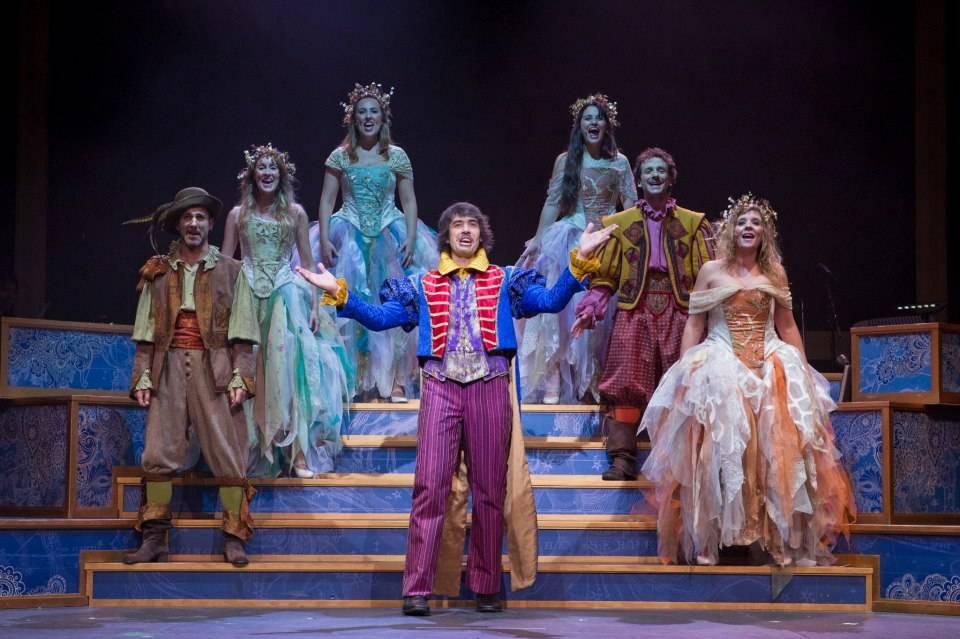 Otro gran teatro del mundo - Reestreno de Otro Gran Teatro del Mundo con escenografía y vestuario de Rafael Garrigós