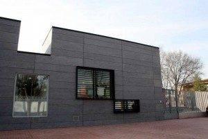 herencia escuela infantil a fachada 300x200 - El ayuntamiento de Herencia respalda la reivindicación para que la escuela infantil siga teniendo subvenciones de la JCCM