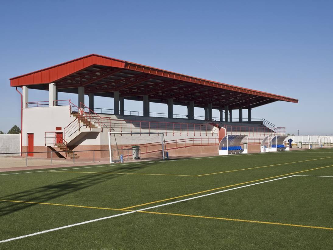 """Campo de Fútbol """"José María Fernández de la Puebla"""" de Herencia"""