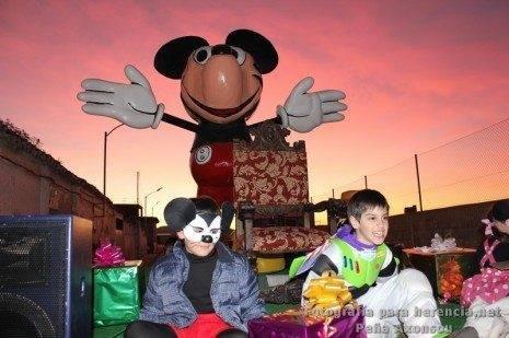 Carroza de la Peña Axonxou durante la Cabalgata de Reyes Magos de 2012