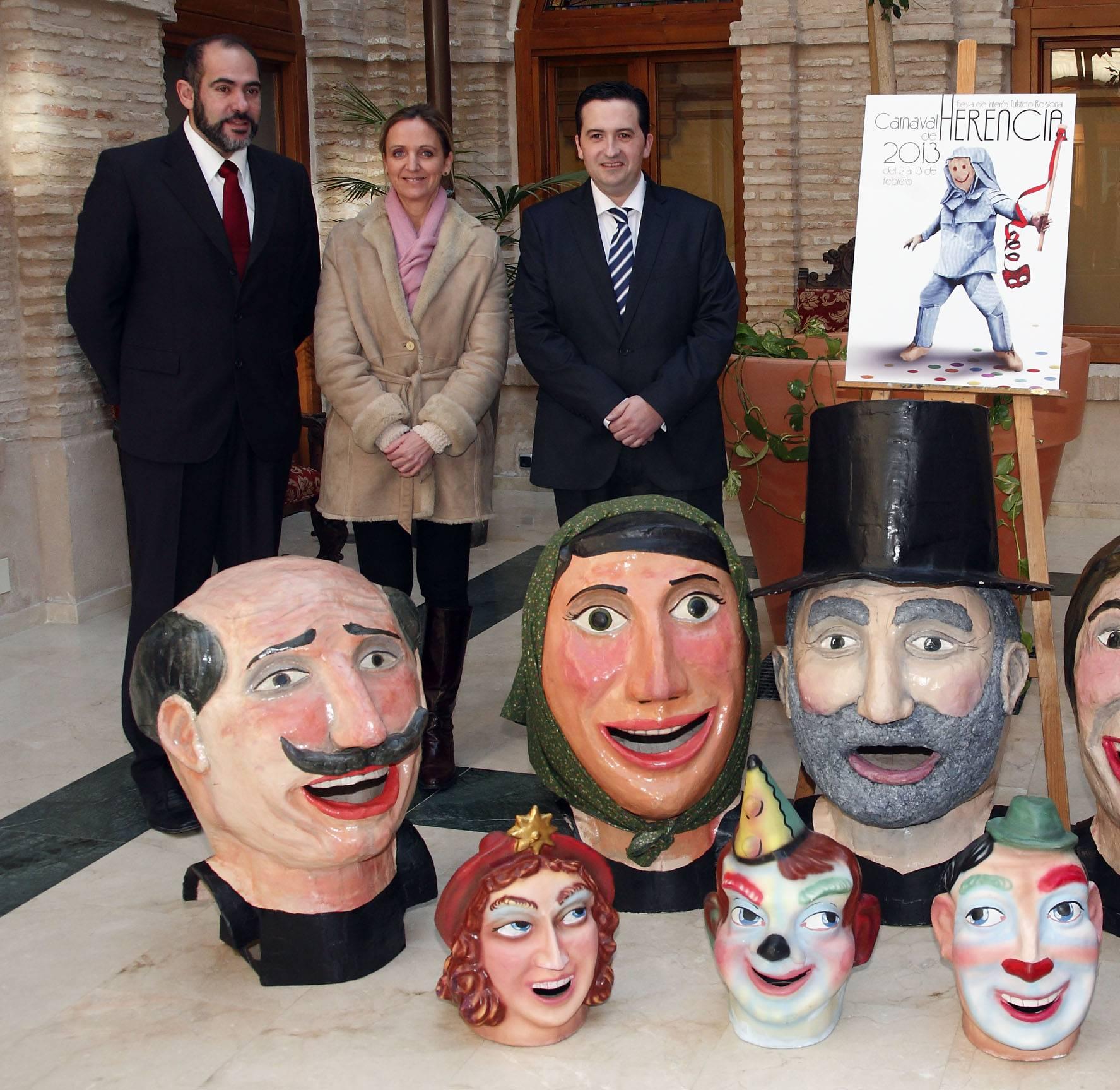 politicos en carnaval de herencia - Carnaval de Herencia camino de Madrid por el Interés Turístico Nacional