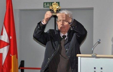 D. Pedro Almoguera Fdez.-Montes galardonado como Cofrade del Año