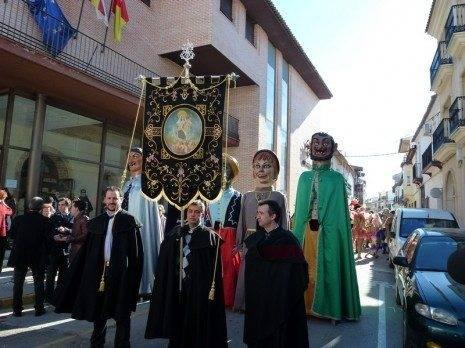 Estandarte de %C3%81nimas Carnaval de Herencia 2013 465x348 - Ofertorio de ánimas del Carnaval de Herencia 2013