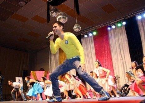 juanD cantando vuelve el carnaval