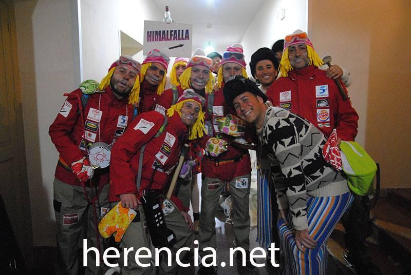 los pelendegues himalfalla 2013 - Los pelendengues inician su carnaval con dos actuaciones