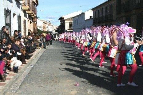 """piruletas en linea carnaval de herencia 465x310 - Cerca de """"15.000"""" personas en el Desfile del Ofertorio 2013"""