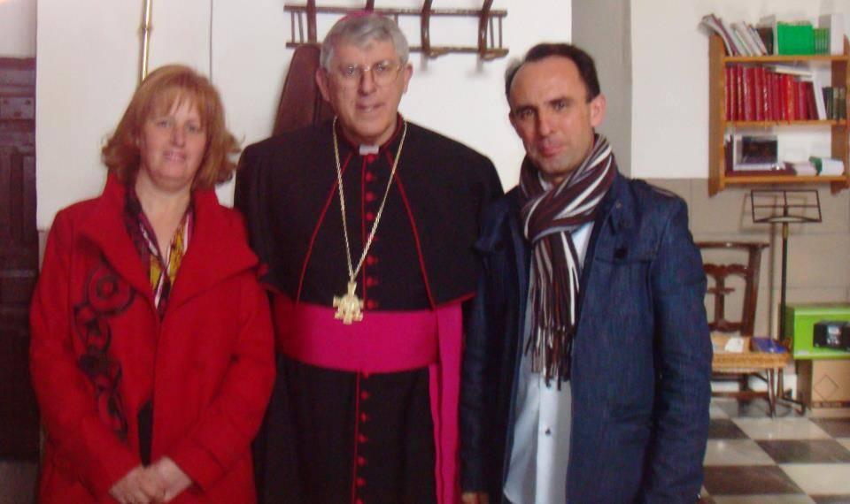 Herencia_Conchi García y Miguel García de Cis Adar, en su encuentro con Don Braulio, Arzobispo de Toledo