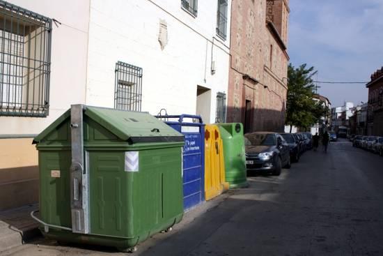 herencia contenedoresdecomsermancha abajo - Comsermancha modifica el horario de recogida de basura con motivo de la Semana Santa