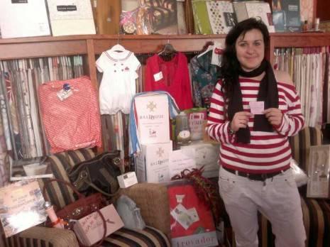 Lorena Gallego Nicasio 465x348 - Lorena Gallego Nicasio ganadora de la cesta de la Segunda Feria del Comercio de Herencia