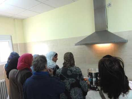 Actividad de cocina intercultural del Banco del Tiempo de Herencia