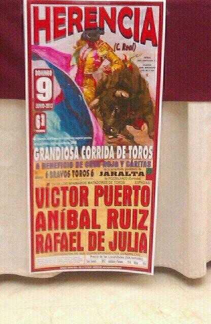 Cartel corrida de toros de Herencia junio 2013 - Víctor Puerto, Aníbal Ruiz y Rafael de Julia harán el paseillo el 9 de junio en Herencia