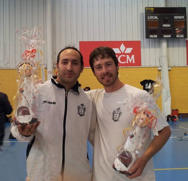 Víctor Rebollo y Mario Fernández en el campeonato de esgrima de Cuenca