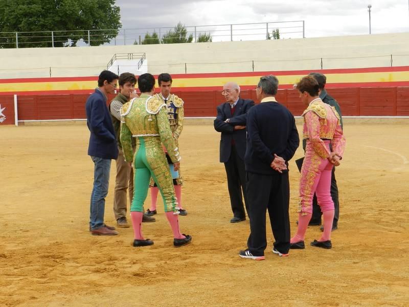 Herencia Los toreros el Presidente el Asesor y el Delegado Gubernativo deciden sobre la suspensión del festejo1 - La suspensión de los toros en Herencia, paso a paso
