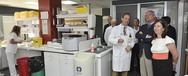 José María Moraleda durante la inauguración de la Sala Blanca - José María Moraleda nombrado coordinador hospitalario para trasplantes de médula