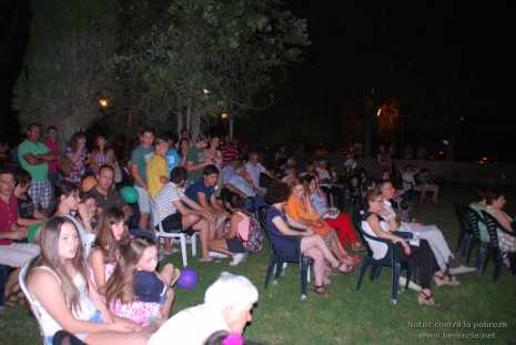 Notas contra la pobreza 106 465x311 - Notas contra la pobreza recaudó más de 2.000 euros en favor de Cáritas
