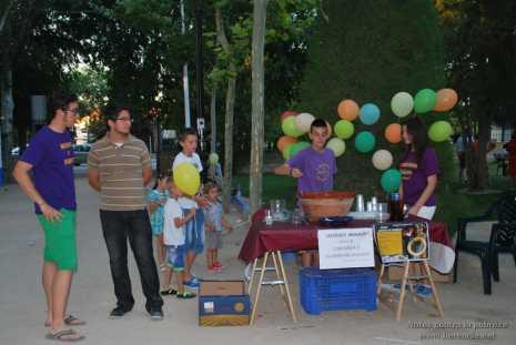 Notas contra la pobreza 80 465x311 - Notas contra la pobreza recaudó más de 2.000 euros en favor de Cáritas
