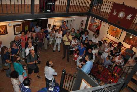 Inauguración exposición Herencia creadores y creativos 465x312 - Cerca de 40 artistas vinculados a Herencia juntos en una exposición
