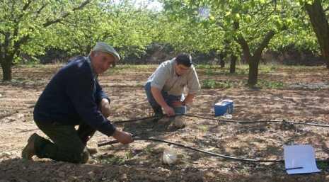 agricultores 465x257 - El Ayuntamiento de Herencia ofertará formación destinada a los agricultores