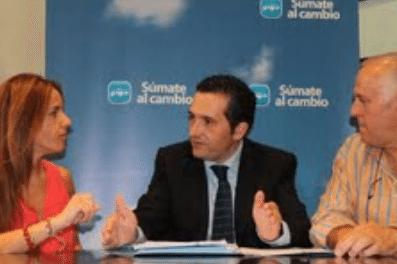 Reunión de Antonio Lucas Torres con el PP de Herencia - Reunión de Antonio Lucas-Torres con el PP de Herencia
