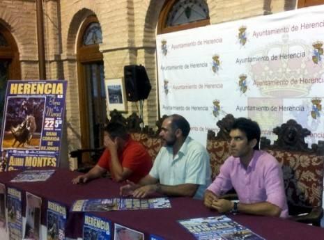 redtoroscartel 465x345 - Presentado el cartel de la corrida de rejones de las Fiestas de La Merced de Herencia