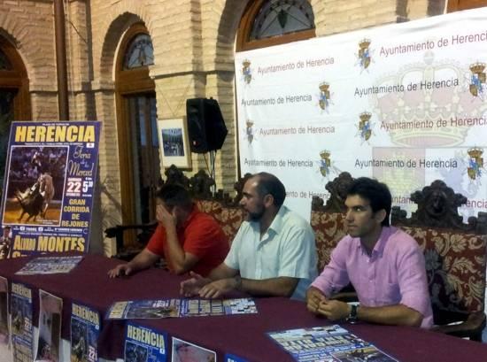 Presentación oficial del cartel para la corrida de rejones de las Fiestas de la Merced de Herencia