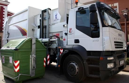 Comsermancha está planteando instalar nuevos contenedores de carga lateral 1