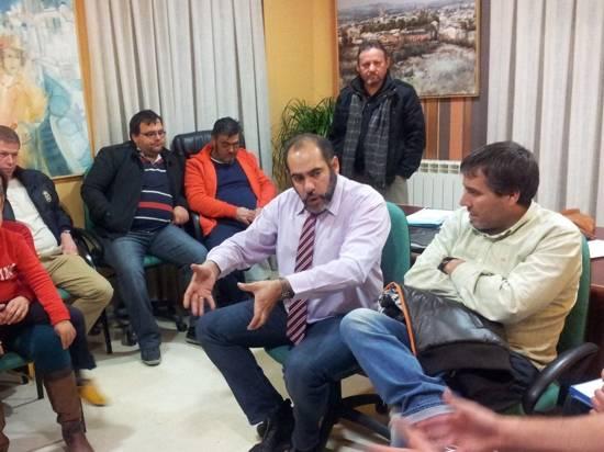 Alcalde de Herencia se reune con los hosteleros - El ayuntamiento busca crear proyectos de desarrollo con los hosteleros