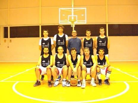 Club de Baloncesto Herencia 2013 2014 465x348 - El Club de baloncesto de Herencia inicia la temporada