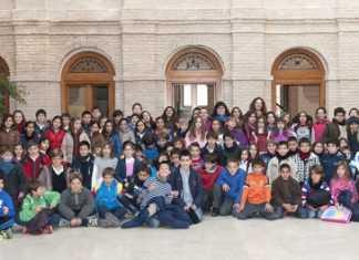 Celebración de pleno escolar en Herencia
