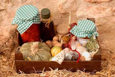 Cesta agrecol%C3%B3gica 465x311 - Charla sobre agroecología en el café El Olvido