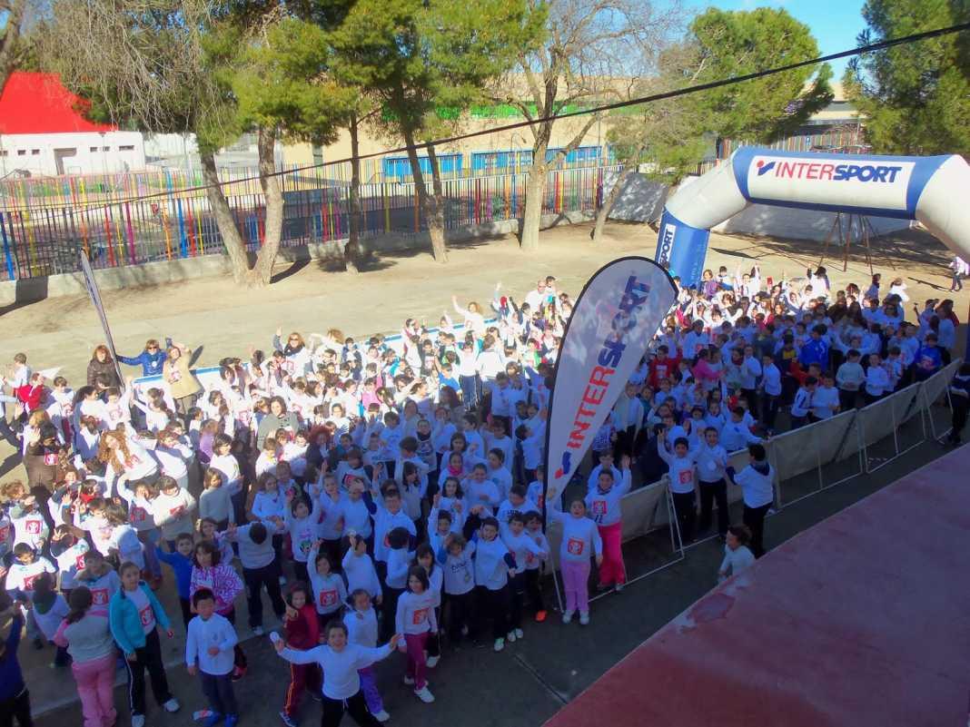 Herencia carrera solidaria de la paz ceip carrasco alcalde 1068x801 - 370 euros recaudados por el colegio Carrasco Alcalde en favor de Save the Children